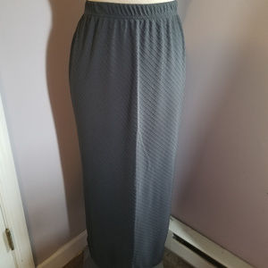 Norton McNaughton Skirt Size Large